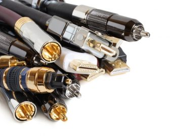 group-of-audiovideo-cables-picture-id474847646