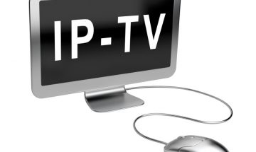 monitor-with-text-iptv-and-mouse-picture-id510462739
